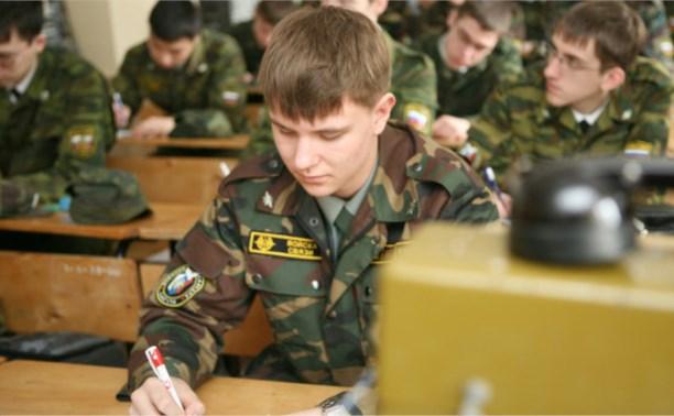Работникам ОПК хотят дать отсрочку от армии