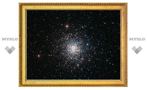 Астрономы сфотографировали компанию пожилых звезд