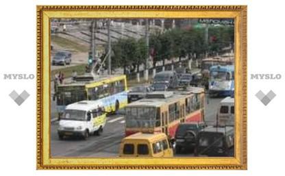 Из-за ДТП в Туле затруднено движение
