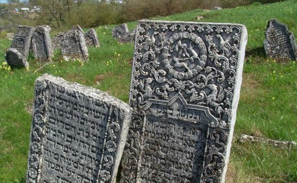 Минстрой предложил разрешить частные и религиозные кладбища