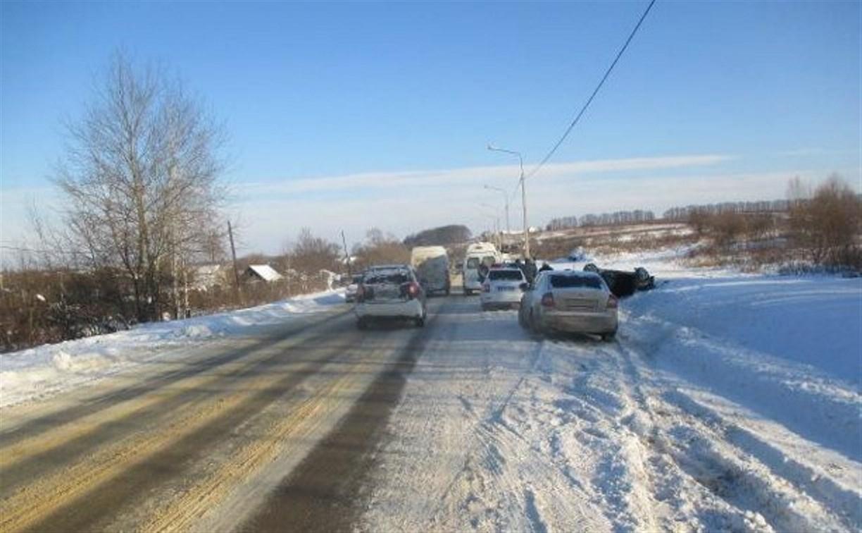 В Тульской области в перевернувшемся автомобиле погиб пассажир