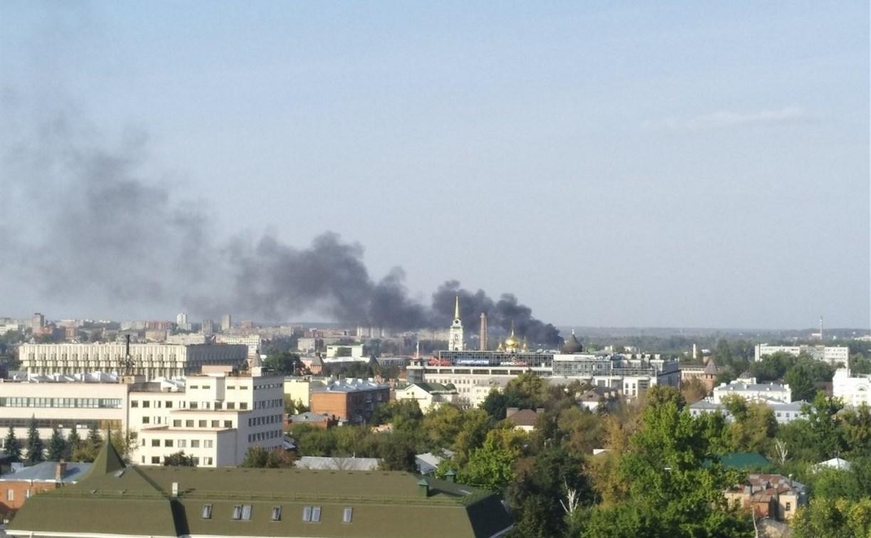 Пожар на улице Вяземской в Туле: сгорел мусорный контейнер