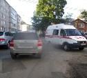 В Новомосковске во время игры мальчик толкнул друга под машину