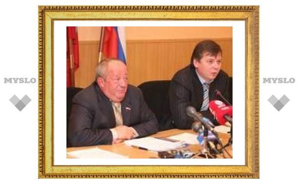 Тульских студентов поздравляют представители администрации
