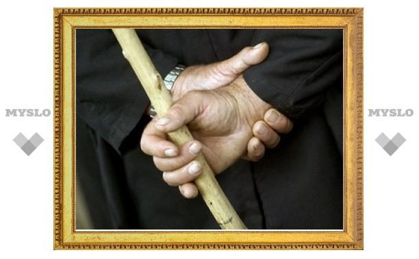 В Туле осудят пенсионера, до смерти избившего свою знакомую лопатой