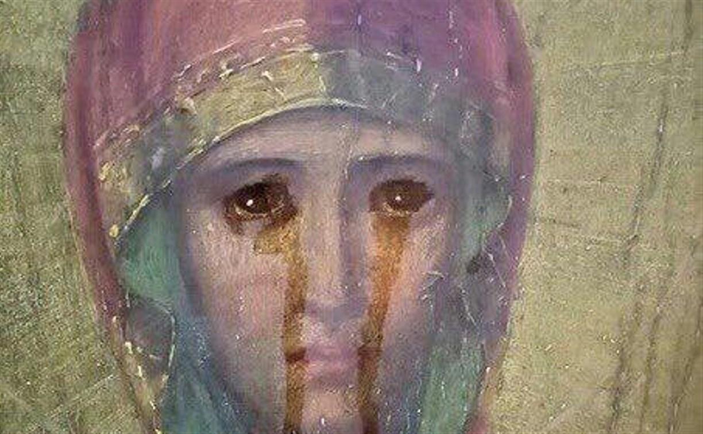 В Веневском храме замироточила найденная на чердаке старинная икона