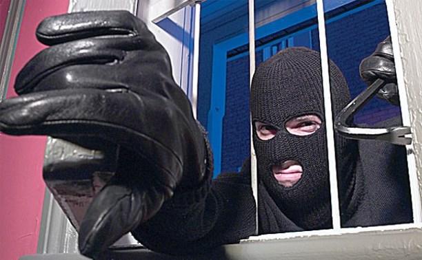 Житель Богородицка ночью пробрался в местный торговый центр