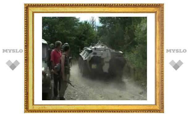 Абхазские военные блокировали Кодорское ущелье
