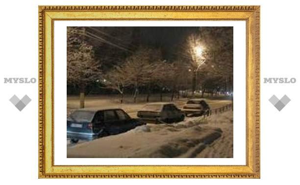 Ночью в Туле морозно и снежно