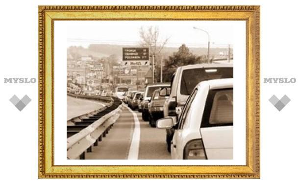 Калужское шоссе встало в пробке