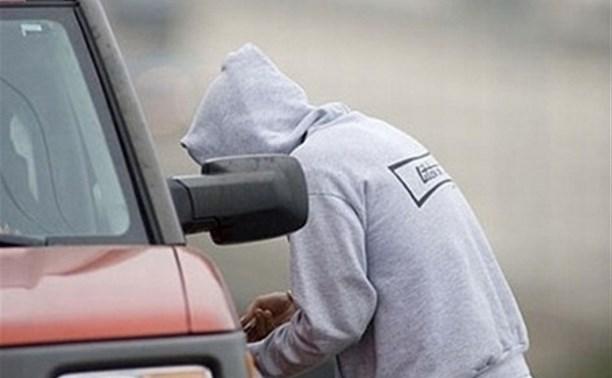 У жителя Тулы угнали «Жигули», припаркованные возле дома