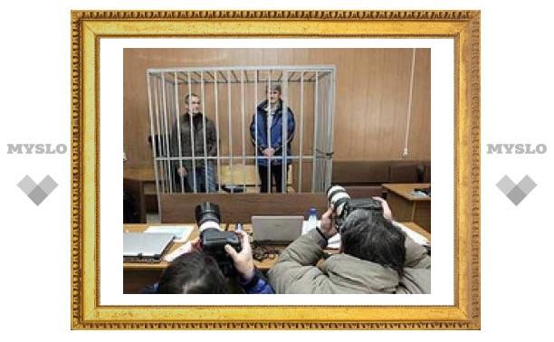 "Ходорковского и Лебедева посадят в стеклянный ""аквариум"""