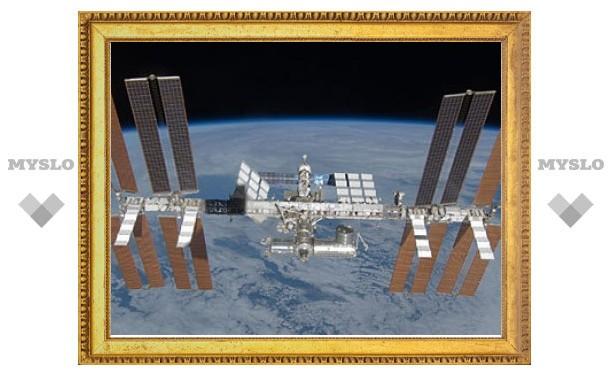 Экипаж МКС эвакуировали из-за космического мусора