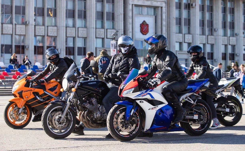 Тульские байкеры открыли мотосезон: фоторепортаж