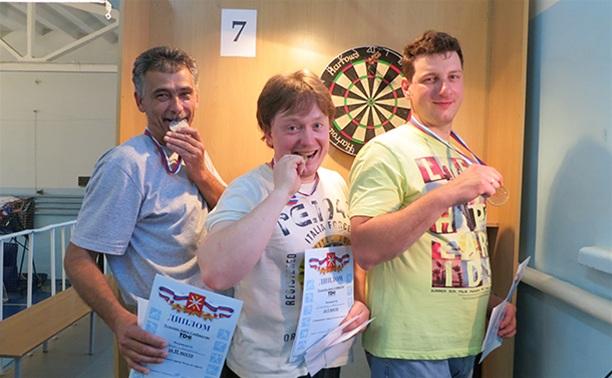 В Туле определился чемпион города по дартсу