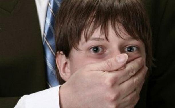 Преступник, похитивший ребенка из детского сада, оказался педофилом