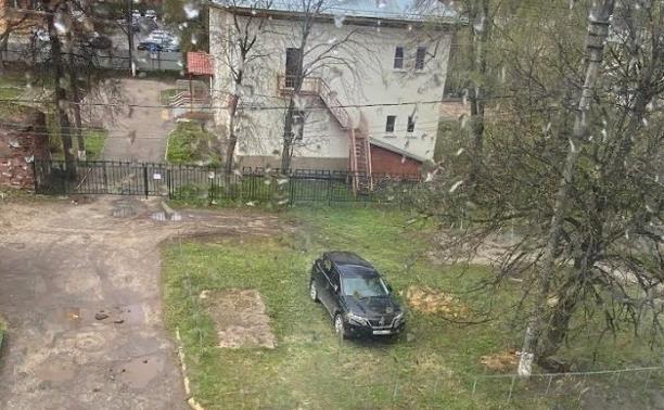 «Становлюсь я на газон, потому что …»: новая подборка автохамов от читателей Myslo