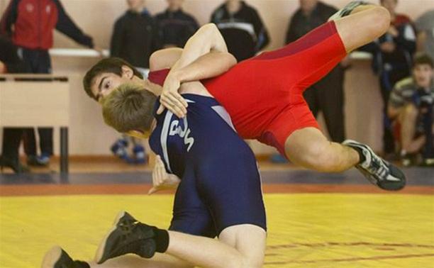 Тульские борцы греко-римского стиля разыграли медали областного первенства