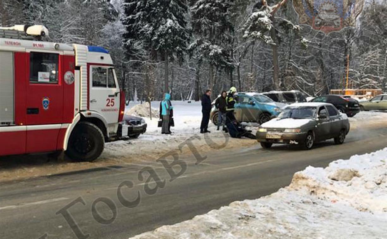 В Новомосковске неподалеку от пешеходного перехода сбили мужчину