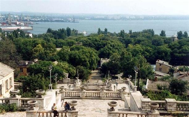 Авилов и Прокопук пригласили главу крымской Керчи в Тулу