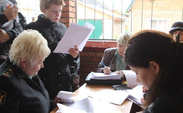 Приставы подсчитали, сколько долгов было взыскано с жителей Плеханово 20 мая