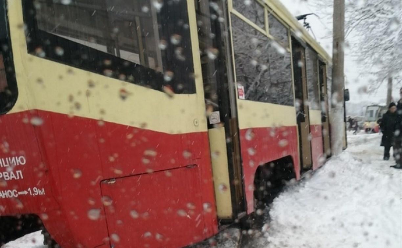 В Мясново с рельсов сошёл трамвай