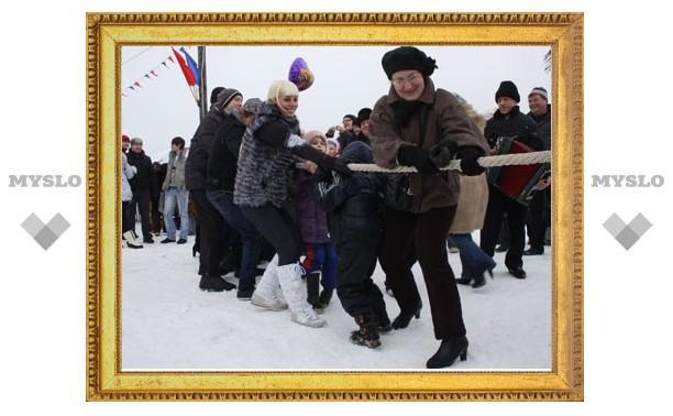 Туляки отпраздновали Масленицу в Прилепах