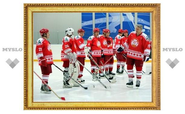 На хоккейный фестиваль в Новомосковск приехала сборная СССР