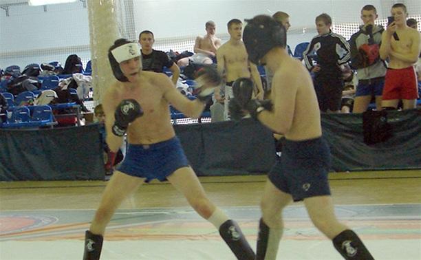 Тульская команда взяла бронзу на турнире по смешанным единоборствам