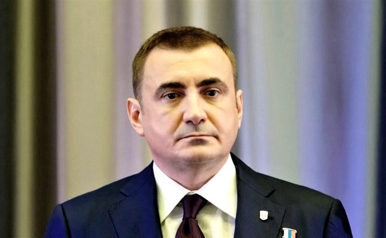 Алексей Дюмин поздравил жителей региона с Днем России