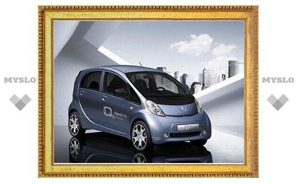 Массовый электромобиль Peugeot получит название ion