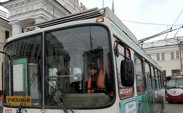 На тульских улицах стало больше трамваев и троллейбусов