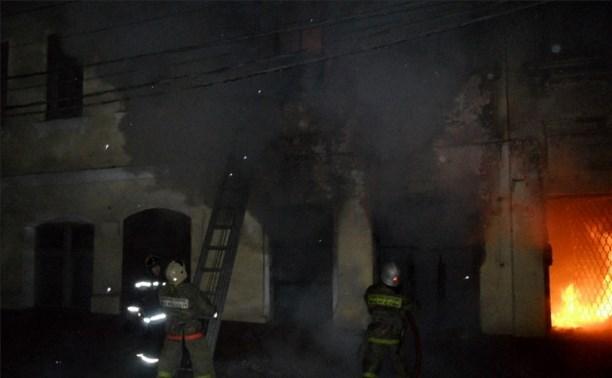 В Туле обвалилась часть исторического здания на ул. Металлистов