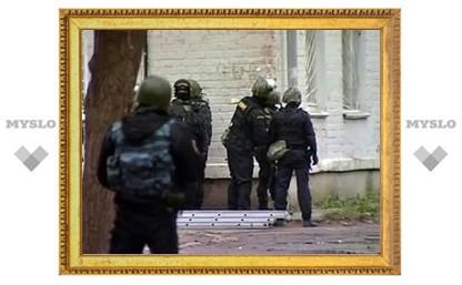В ходе спецоперации в Казани пострадали три сотрудника ФСБ
