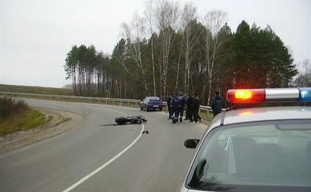 В Алексинском районе ВАЗ столкнулся с мотоциклом