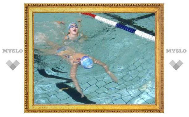 Под Тулой школьница едва не утонула во время занятий в бассейне