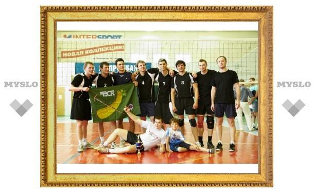 «Мерцана-Фарм» - лучшая любительская команда по волейболу