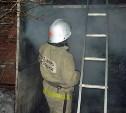 Пожар в Чернском районе уничтожил гараж с автомобилем