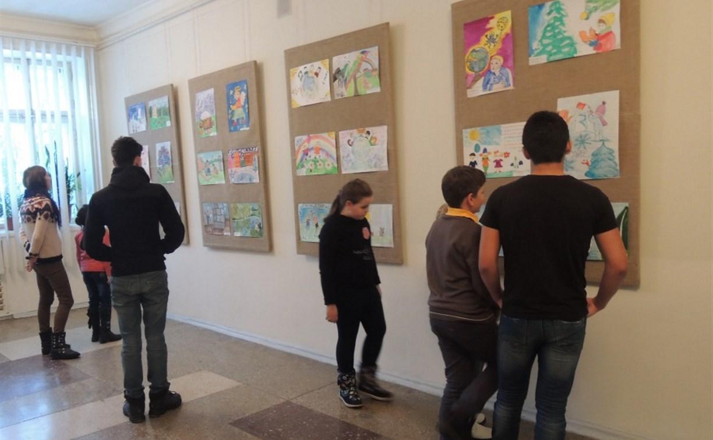 В Туле открылась выставка детского рисунка