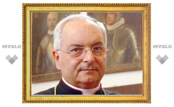 Фонд «Помощь Церкви в нужде» возглавил кардинал Мауро Пьяченца