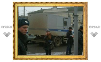 """Полиция на митинге в Туле работает """"в штатском"""""""