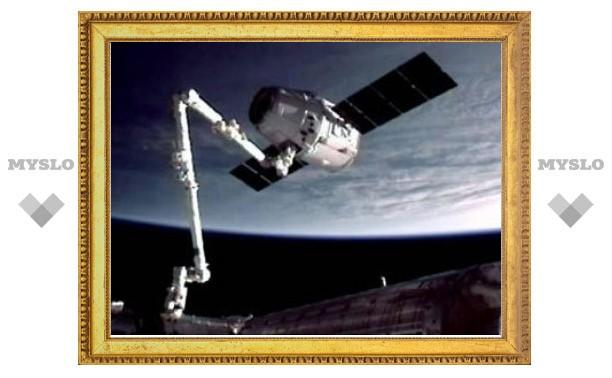 Частный космический грузовик отстыковался от МКС