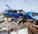 Прокуратура вышла с проверкой в заваленный автохламом тульский поселок