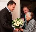 Владимир Груздев вручил медаль заслуженному учителю РФ из Одоева