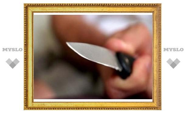 В Ефремове посетитель кафе устроил поножовщину