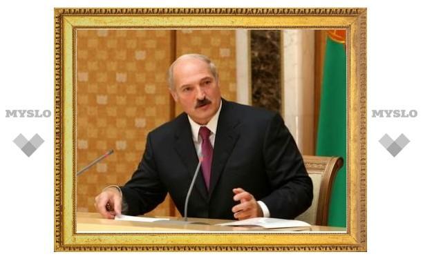 Лукашенко получил от Папы Римского медаль - сувенирную
