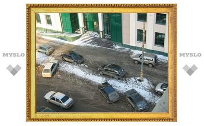 В Туле продолжается война за парковочные места