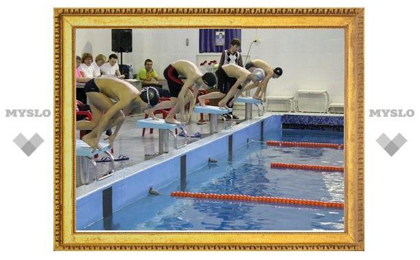 Тульские пловцы борются за почетный трофей в столице Татарстана