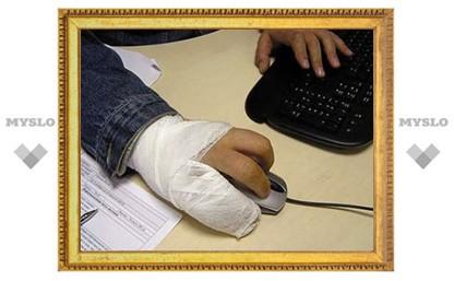 В Тульской области члену избиркома сломали палец