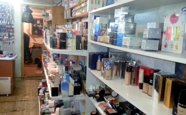 В центре Тулы торговали контрафактной парфюмерией